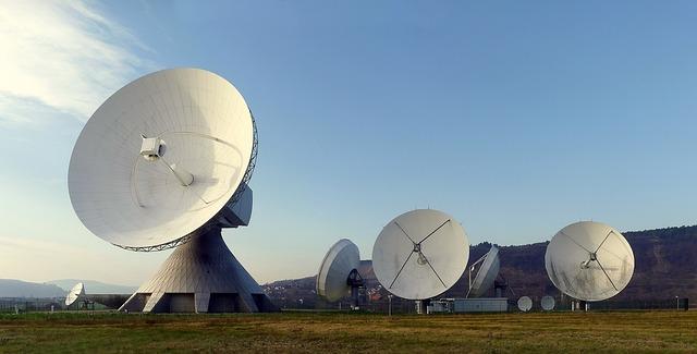 talíře radarů